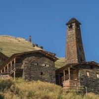 Georgien; Kchevsusertien;  Tuschetien; Großer Kaukasus; Trek durch den Großen Kaukasus;  nach Atsunta- Pass; Dartlo